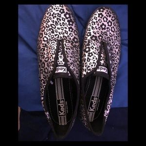 Silver leopard Keds size 10 slip ons